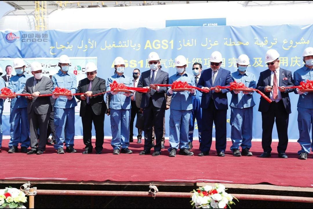 وزير النفط يفتتح مشروع ترقية محطة عزل الغاز في حقل ابو غرب الجنوبي بمحافظة ميسان